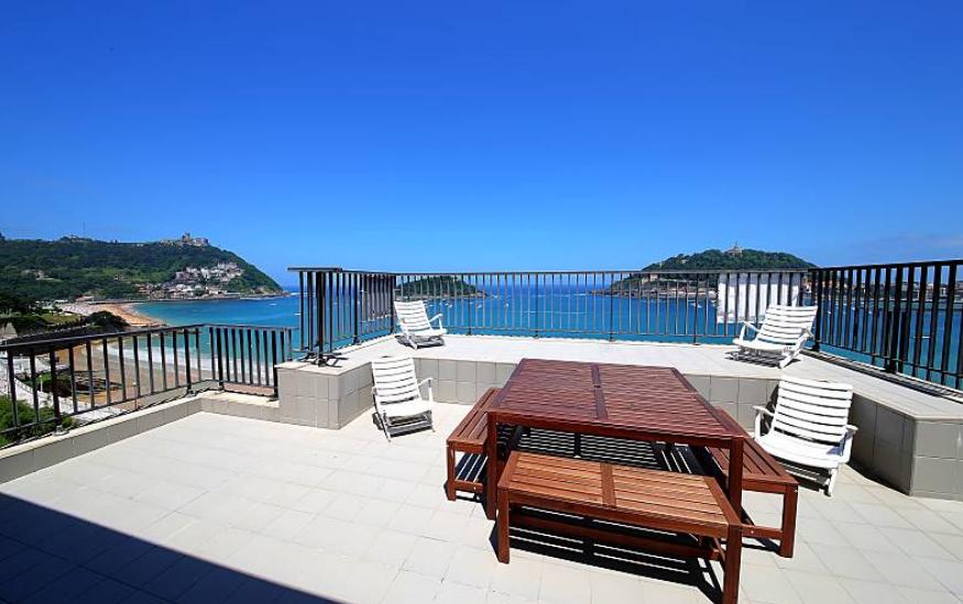 Apartamento con vistas a la bahía para 6 personas
