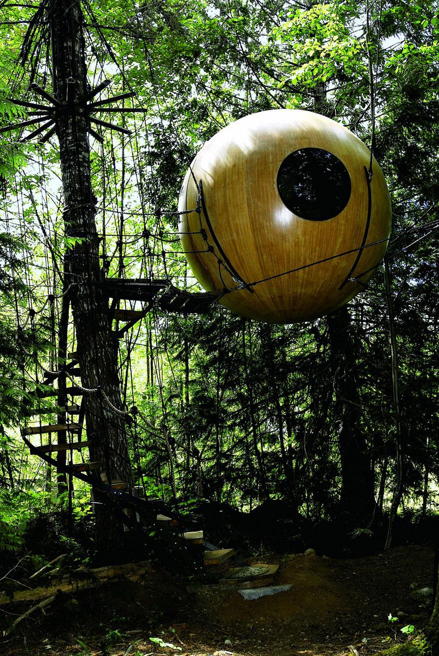 Free Spirit Sphere Treehouses