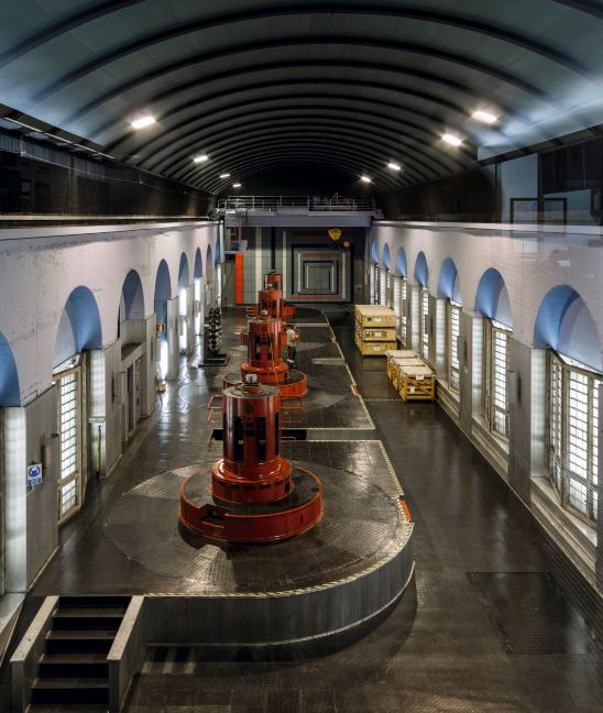 Interior de la central hidroeléctrica de Miranda, Asturias