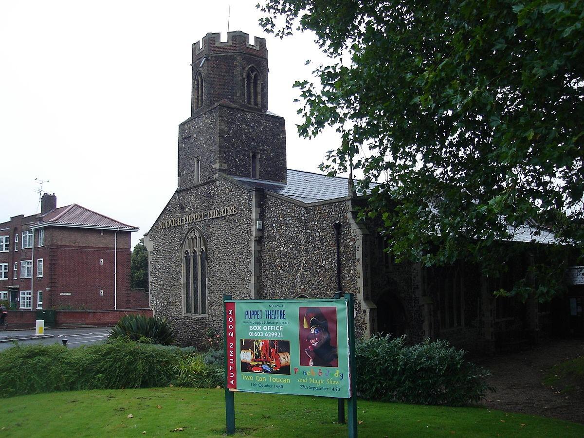 De iglesia a teatro de marionetas