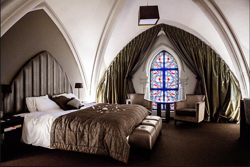 Iglesia del siglo XVI reconvertida en hotel en Bélgica