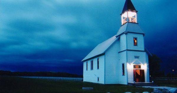 Iglesia reconvertida en el culto a Baco