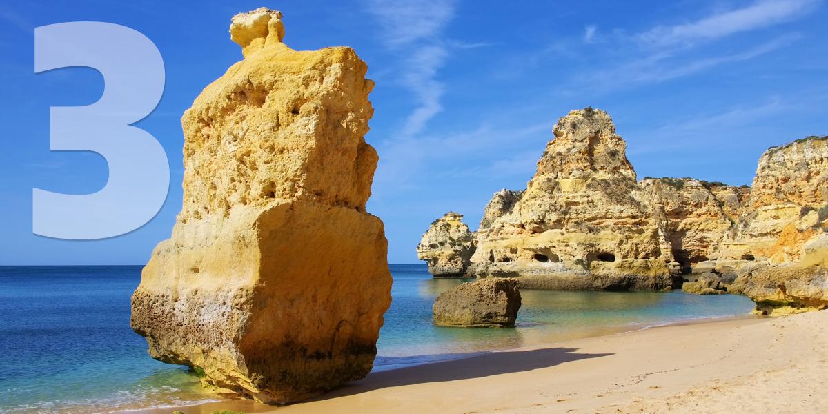 Algarve, Portugal: 68.24 libras, 78 euros