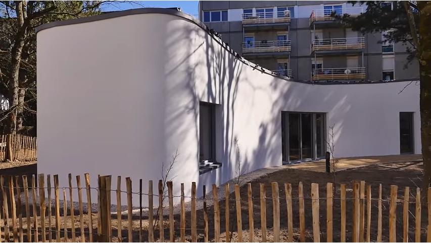 Una vivienda creada por un brazo robótico