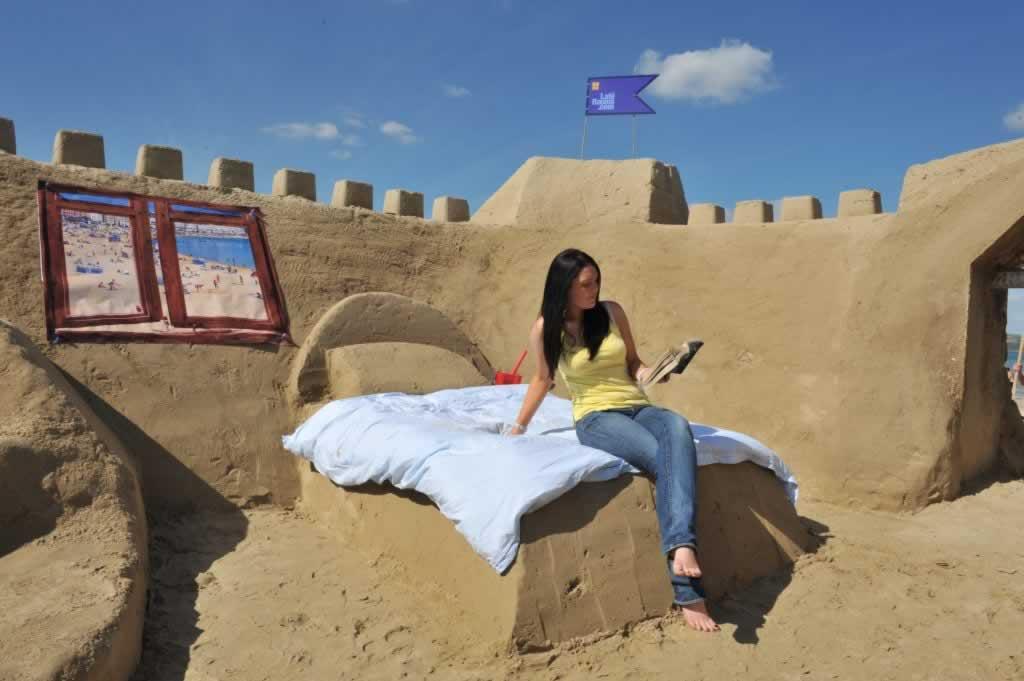 Sand Hotel