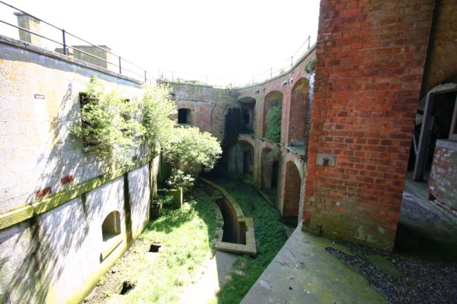 El interior de la fortificación