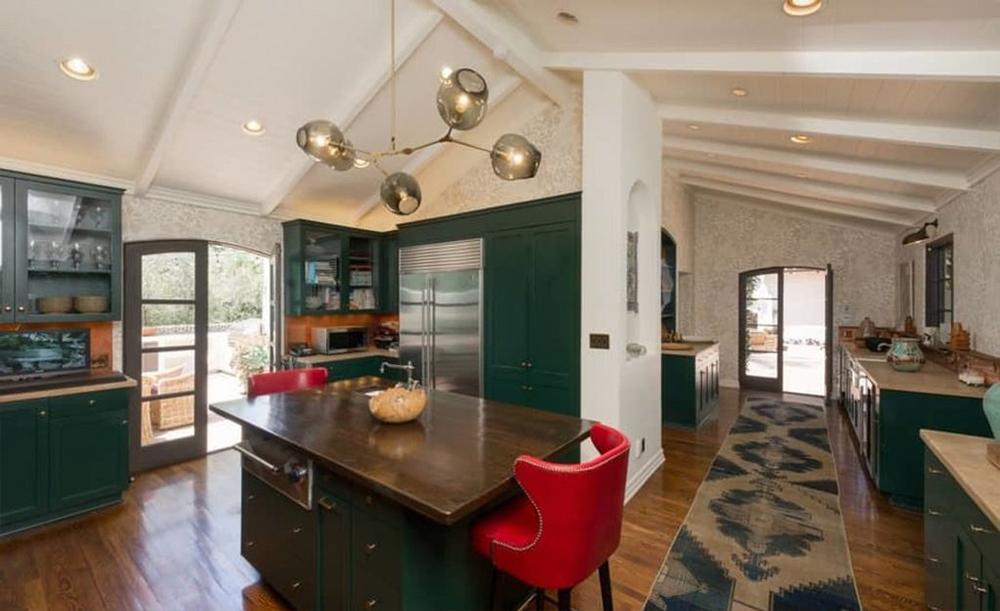 Parsons compró esta casa a Robert Pattinson en 2014