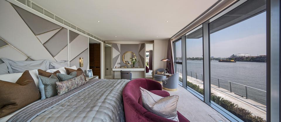 El apartamento tiene tres pisos y 560 m2. Es el más grande del edificio