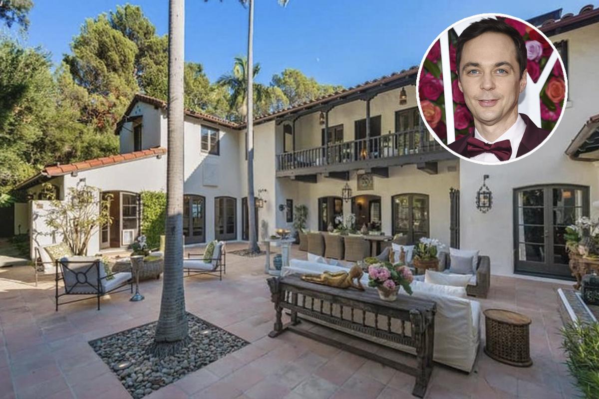 Jim Parsons, el archiconocido Sheldon Cooper de The Big Bang Theory, ha sacado al mercado su mansión en Los Feliz, Los Ángeles