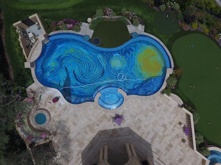 La piscina de Van Gohg