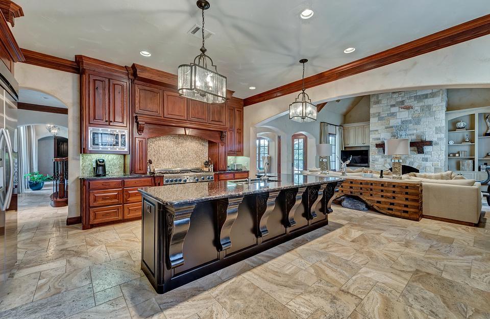 La vivienda cuenta con una amplia cocina