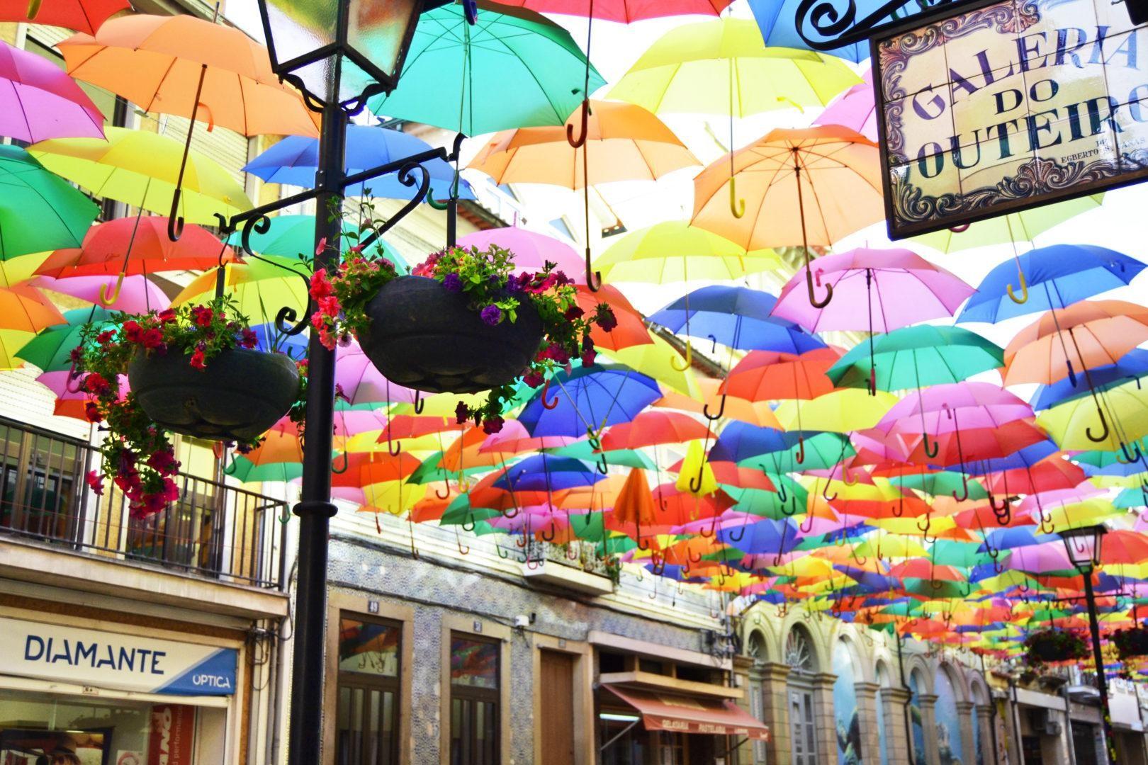 A la sombra de los paraguas