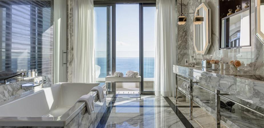 Un spa con vistas