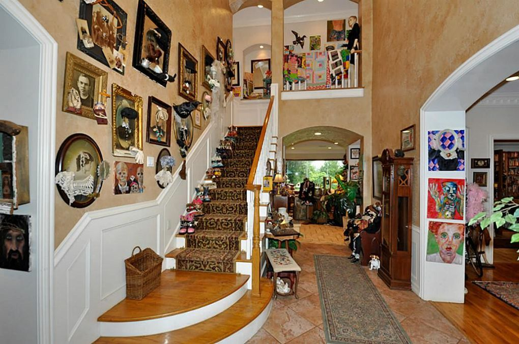 Ugly House Photos