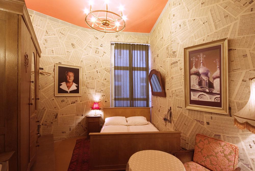 Dormir como en la casa de tu abuela es posible en este hotel / Lars Stroschen / Propeller Island City Lodge