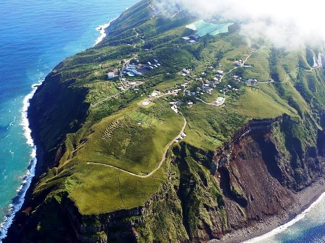 La isla tiene un área de algo menos de 6 km2 / Google Maps