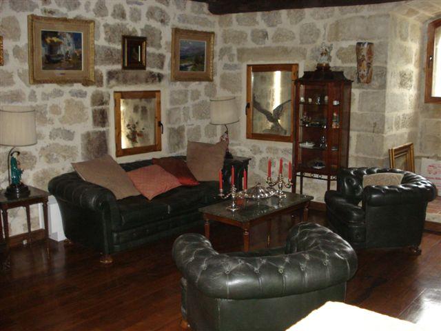 Sala de estar / Castilloenventa.es