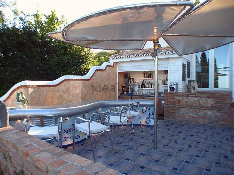 Terraza con bar