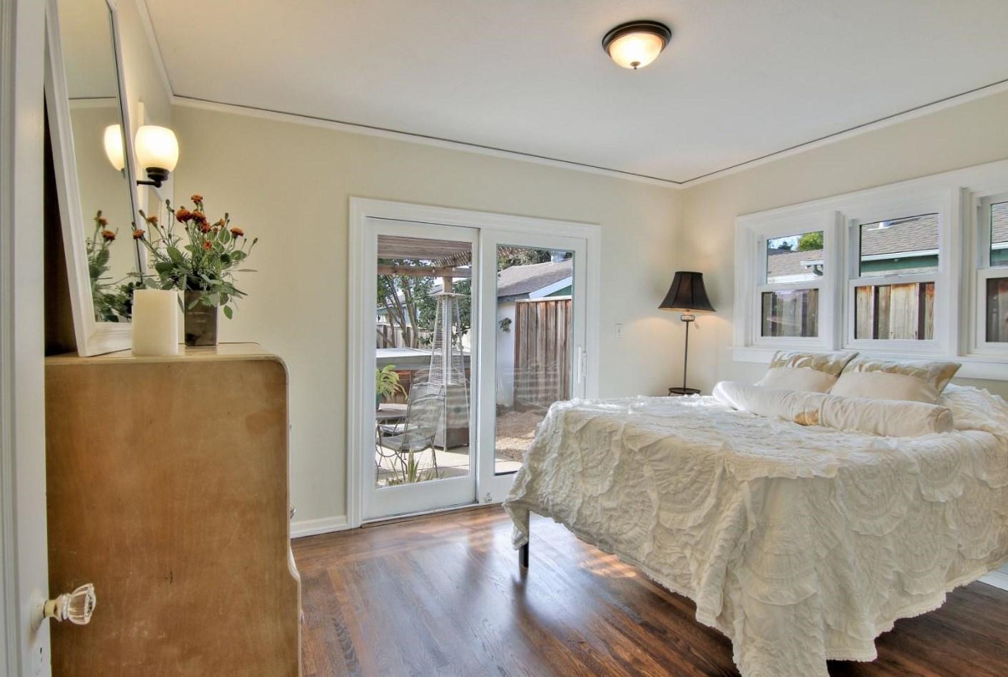 La propiedad posee dos dormitorios, un baño y una amplia terraza / Coldwell Banker
