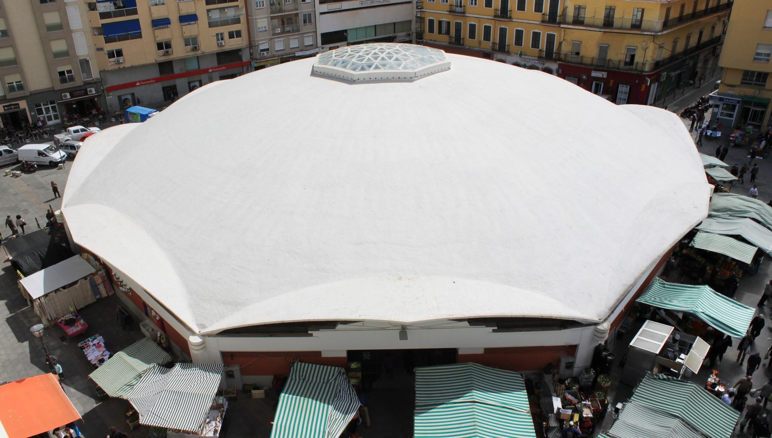 Tiene casi 50 metros de diámetro