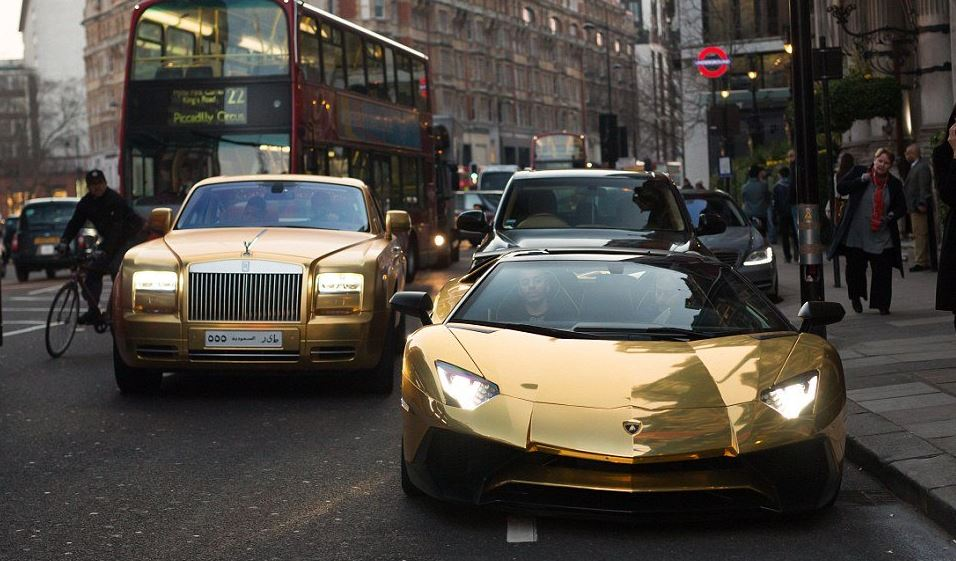 Coches de oro / Scoop Whoop