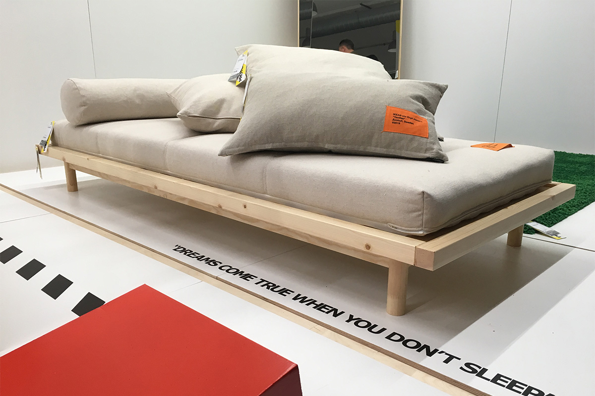 Sofá cama: 100 euros