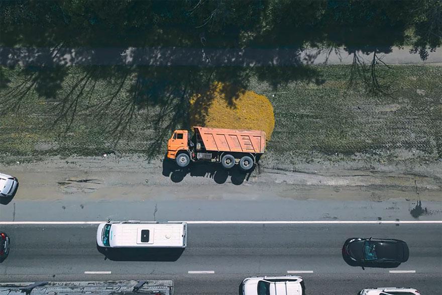 Camión colapsado en Rusia / Drone Nest