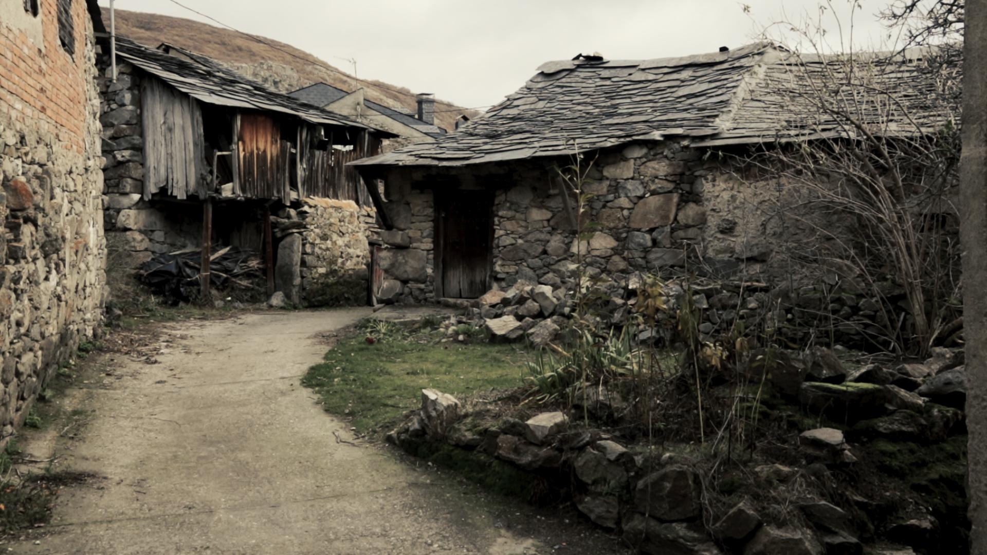 Muchos de los lugareños volvieron a construir sus viviendas en el antiguo Ribadelago