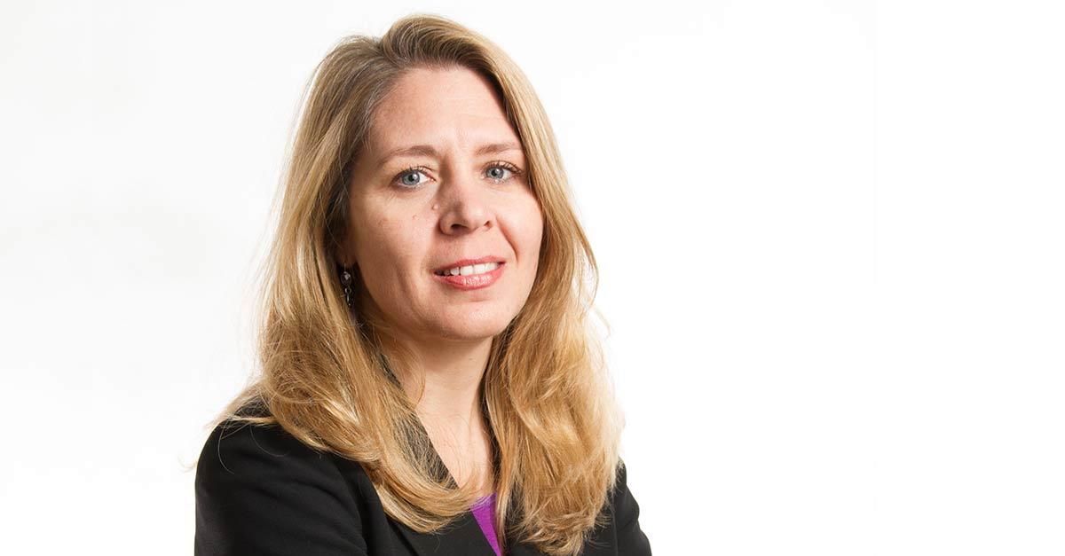 Cristina Calvo, socia del departamento de Derecho inmobiliario del despacho Ashurst España