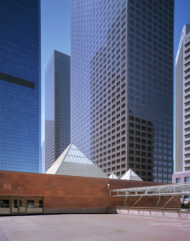 Museo de Arte Contemporáneo de Los Ángeles / HISAO SUZUKI