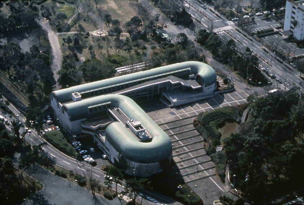 Vista aérea de la biblioteca de Kitakyushu, Japón / MITSUMASA