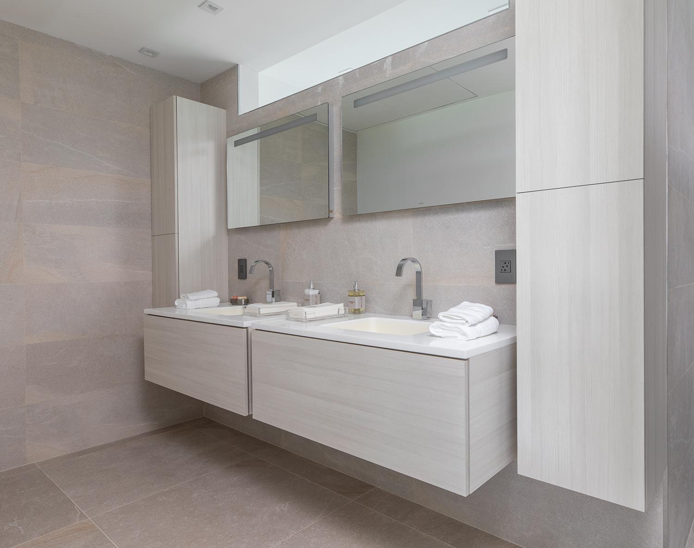 Un baño de alto 'standing' / Arkup