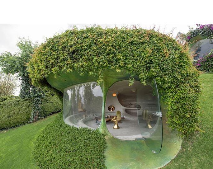 El arquitecto quiso esculpir la casa sin interferir con el medio ambiente / Javier Senosiain