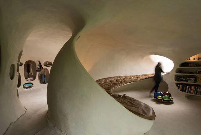 La casa orgánica nace de la idea de crear un espacio adaptado al hombre / Javier Senosiain