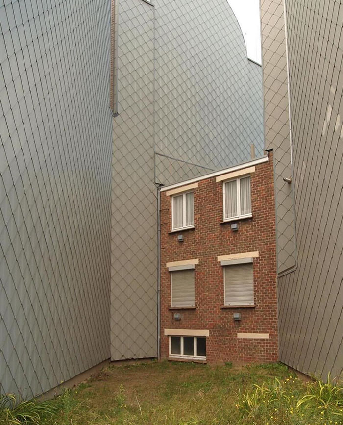 Esta vivienda está atrapada entre paredes / Ugly Belgian Houses