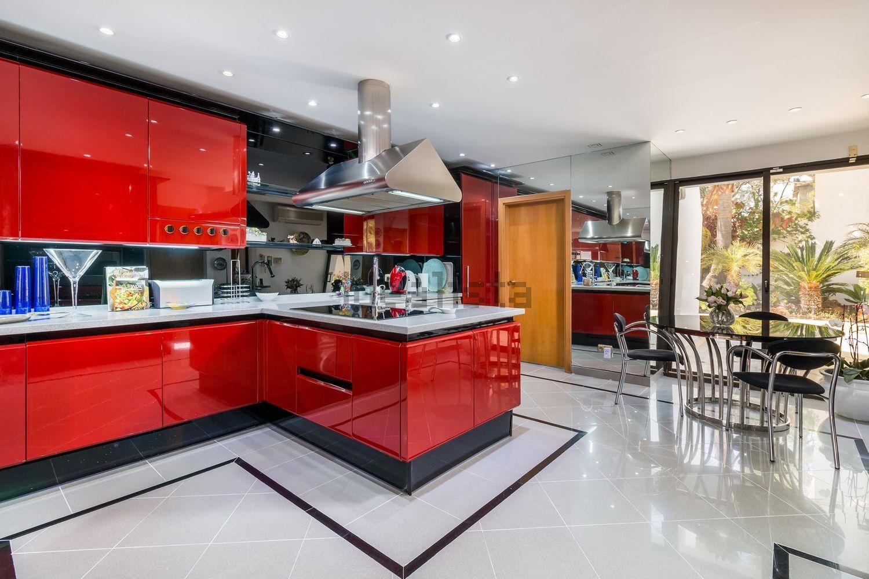 Cocina de diseño totalmente equipada