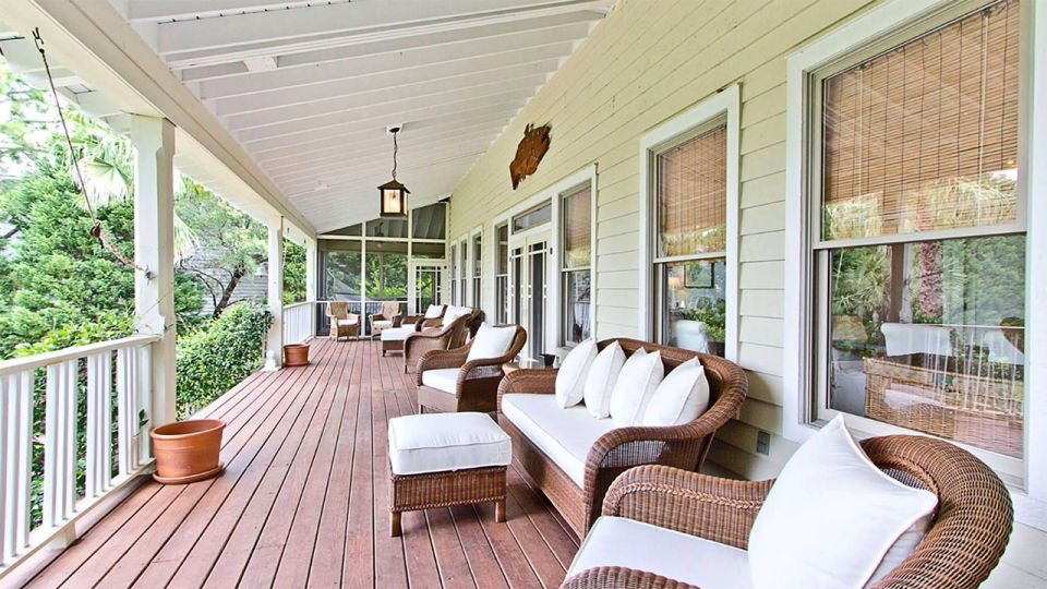 Sandra Bullock compróla propiedad en 2001 por un millón y medio de dólares / Tybee Vacation Rentals