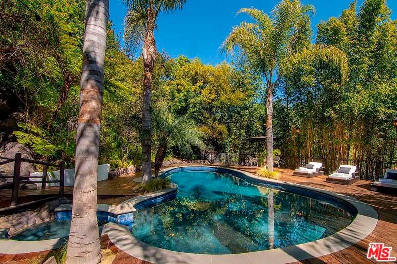 La piscina que posee es amplia / Realtor