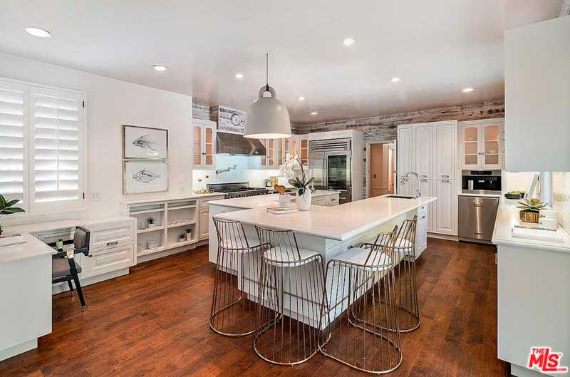 La propiedad incluye una casa de invitados / Realtor