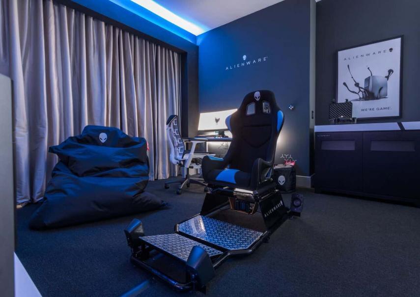 Cuenta con un asiento simulador  / Alienware