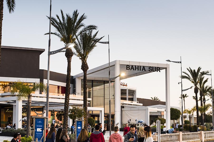 Centro comercial Bahía Sur en Cádiz