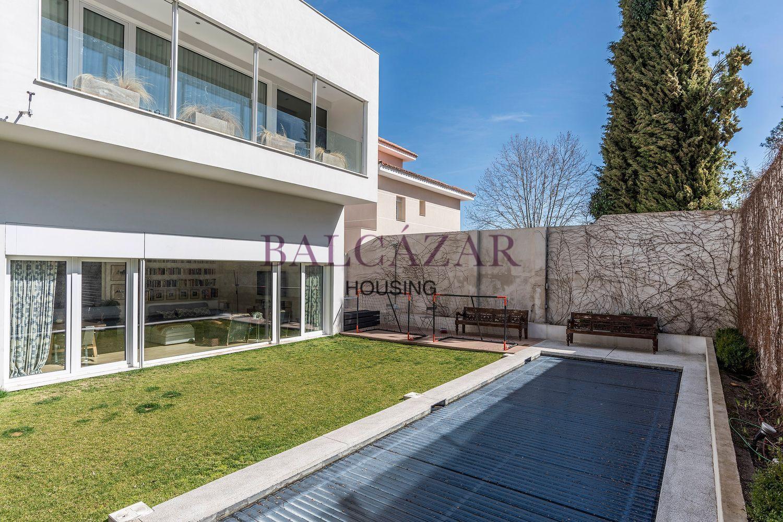 La que fue la primera vivienda passivhaus en Madrid capital acaba de salir a la venta por 2,1 millones