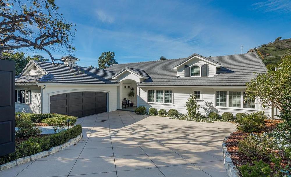 La vivienda cuenta con una superficie de 360 m2 / Compass