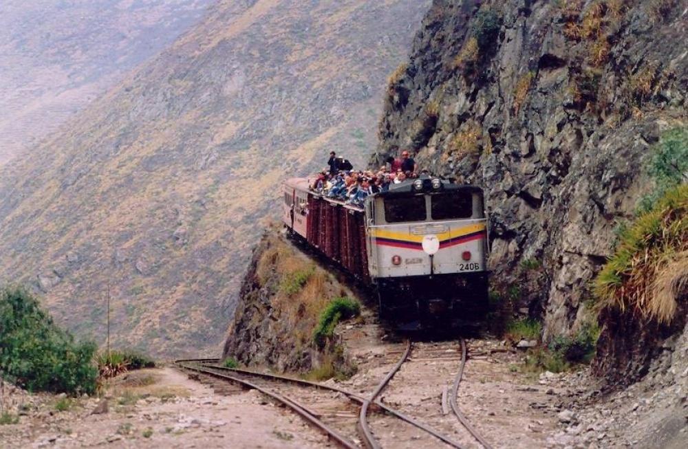 Ferrocarril Nariz del Diablo, Ecuador