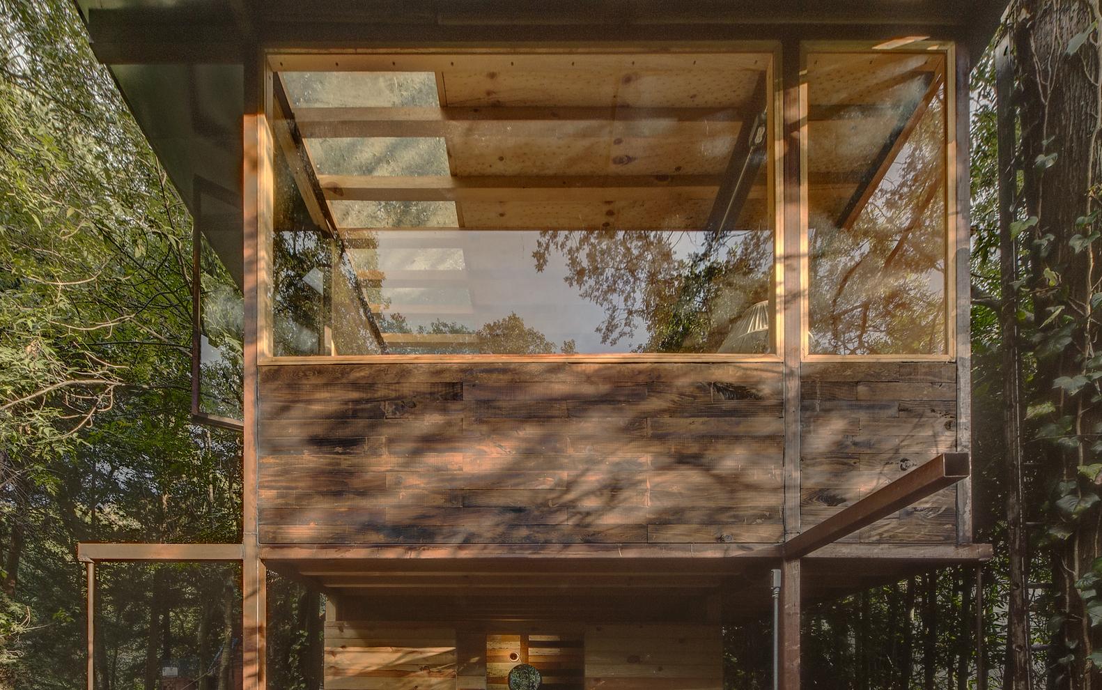 Cuenta con 87 m2 / Studio Chirika