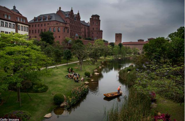 El campus de Huawei en China está inspirado en 12 ciudades europeas