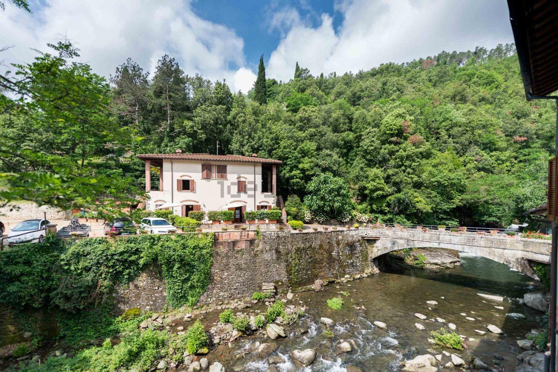 La aldea cuenta con 19 casas