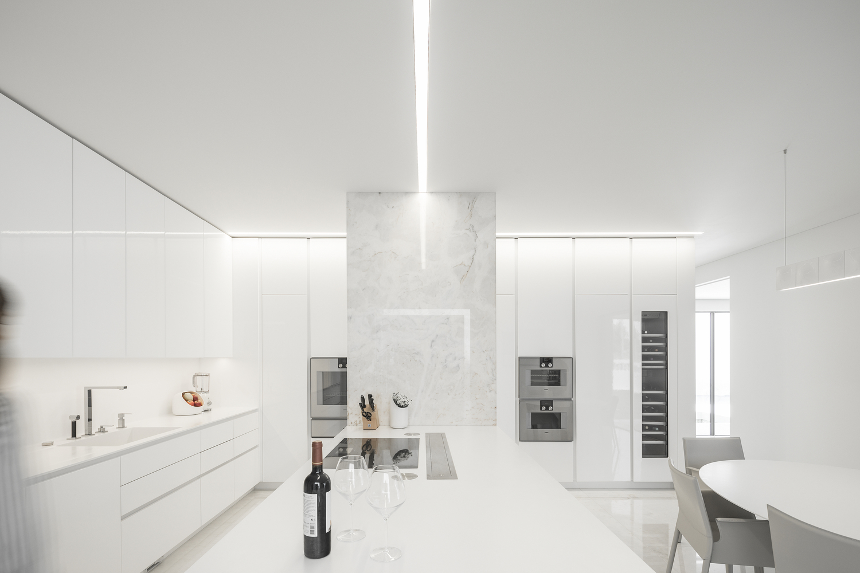 Está ubicada en Águeda, Portugal / Ivo Tavares Studio