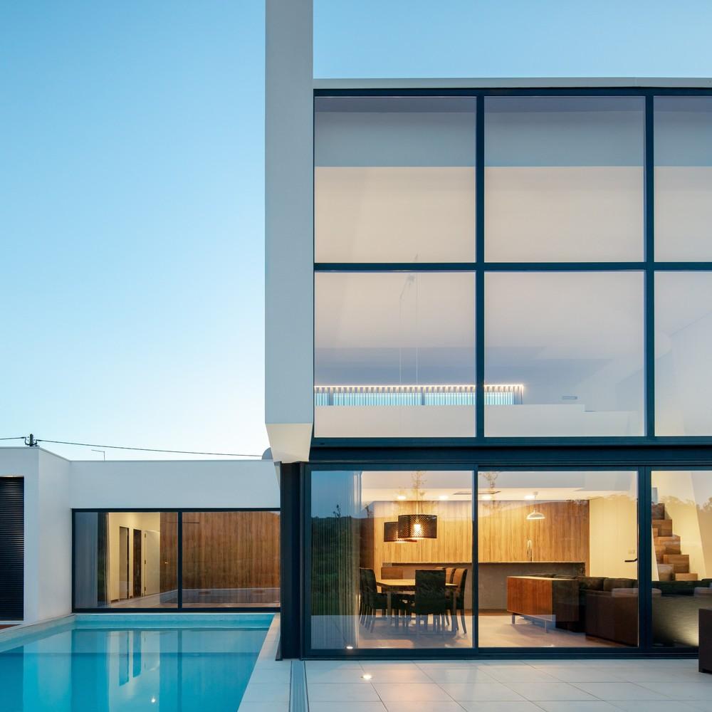 Exterior / Tiago do Vale Arquitetos