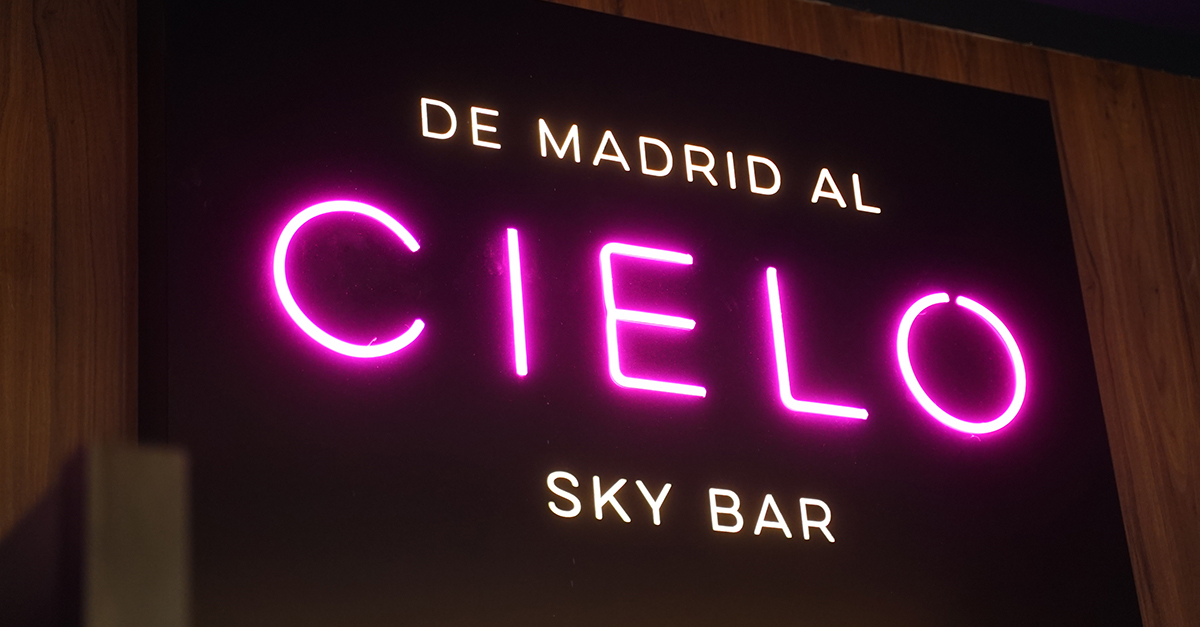 Riu Plaza España bar